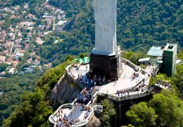Aerial_view_of_the_Statue_of_Christ_the_Redeemer